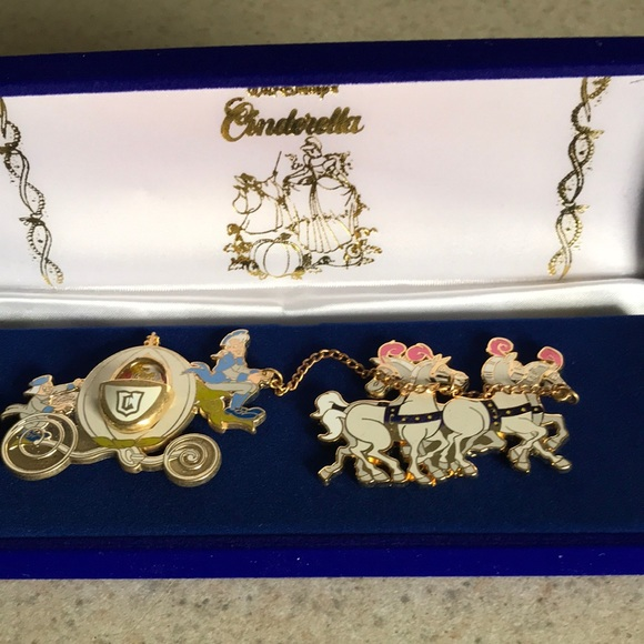 Disney's Cinderella coach pin set